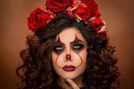 halloween makeup with flower beads