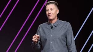 Column: Abby Wambach continues to lead women on a winning path in busy  retirement - Los Angeles Times