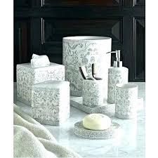 gray bathroom accessories set