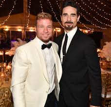 The Backstreet Boys' Brian Littrell and Kevin Richardson Reveal Their  Must-Eat Foods While on Tour