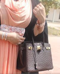 صور أزياء وملابس بنات الامارات 2014 صور عبايات اماراتية جديدة 2014