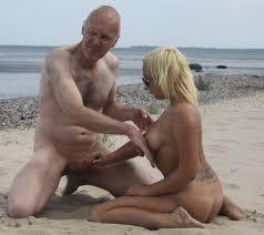 File:Ulf Larsen and teen girls in amateur porn 20.jpg - Wikimedia ...