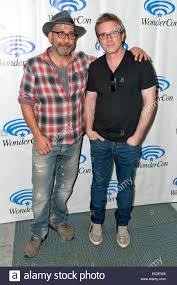 Adam Simon und Brannon Braga bei der Präsentation der WGN TV-Serie ...