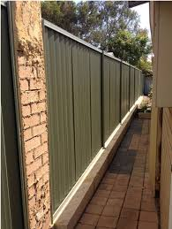 Installing A Fence On Top Of A Limestone Wall Perth Trade Centre