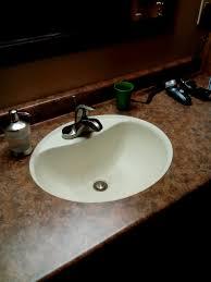 undermount sinks to laminate countertops