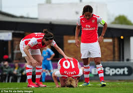 Kelly Smith accuses Abby Holmes of deliberately injuring her in tackle  which left Arsenal striker needing ankle surgery - Football - 13 May 2015  17:02, Sport News