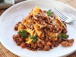 slow cooked bolognese sauce recipe