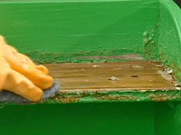 7 Different Methods You Can Use To Make Your Own Paint Remover