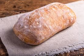 Ciabatta con lievito di birra: pane fatto in casa morbido e croccante