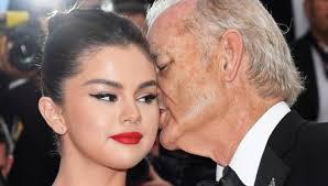 Selena Gomez bromea sobre casarse con Bill Murray