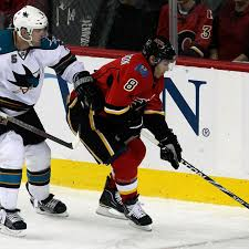 Chicago Blackhawks Acquire Brendan Morrison From Calgary Flames In Exchange  For Brian Connelly - SB Nation Chicago