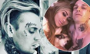 Aaron Carter calls face tattoo of pregnant ex-girlfriend's name a ...