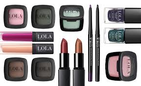 lola make up by persé sold to aepc uk