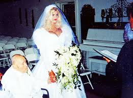 How Anna Nicole Smith's Billionaire In-Laws Secretly Lobbied the Courts