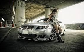 خلفيات عالية الوضوح Hd سيارة Bmw مع فتاة يابانية