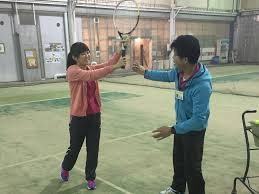 初心者にやさしいテニススクール | 葛飾区金町のインドアテニス ...