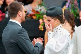 Sofia Richie SOBS after very public 'argument' with Scott Disick ...