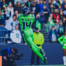 Amazon.com: DK Metcalf Seattle Seahawks Poster Print, American Football  Player, DK Metcalf Gift, Canvas Art, ArtWork, Real Player, Posters for Wall  SIZE 24''x32'' (61x81 cm): Posters & Prints