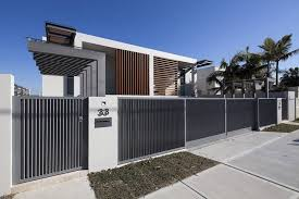 Pin By Tanya On Dom Modern Fence Design Modern Fence Beach House Interior Design