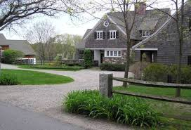 natural driveway landscaping ideas