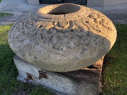 Bali Stone Water pot — Ha'veli of Byron Bay in 2020 | Byron bay, Byron,  Stone