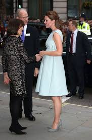 Pregnant Kate Middleton in Blue Dress at The Art Room | Celebrities at  Repinned.net