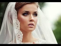 clic and elegant wedding makeup