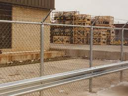 Commercial Chain Link Fence Enclosure With Barbed Wire And Guard Rail