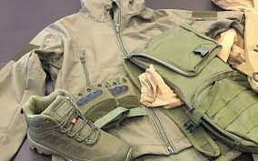 Image result for Vêtements Militaires