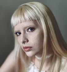 subreddit asks pale makeup