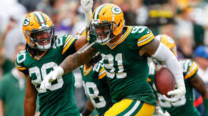 Packers LB Preston Smith grabs INT off deflected pass from QB Cousins