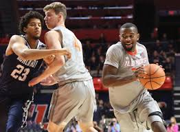 Underwood excited about IQ, culture, athleticism after first Illinois  practice | Illini | herald-review.com