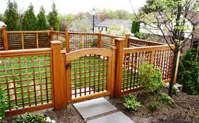 Lattice Fence Curved Panel No Cf6 By Trellis Structures Front Yard Fence Fence Design Lattice Fence Panels