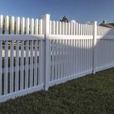 Freedom Ready To Assemble Carlisle Straight 4 Ft H X 6 Ft W White Vinyl Fence Panel In The Vinyl Fence Panels Department At Lowes Com