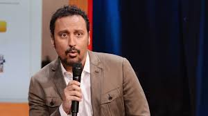 Halal in the Family': Aasif Mandvi's Comedy Jihad
