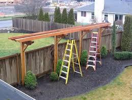 Trellis To Run Length Of West Wall Of House Garden Trellis Designs Backyard Backyard Pergola