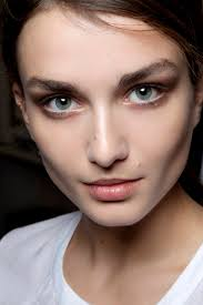 how to make eyes look bigger fashionista