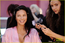 secret models get makeup done