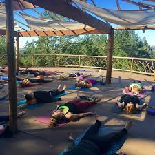 9 best yoga retreats california in 2020