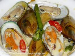 Green Mussels and Vegetables in Coconut ...