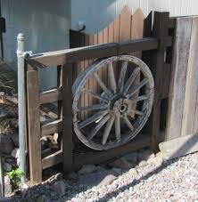 Diy Gate Fence Fence Design Wagon Wheel Decor Wagon Wheel