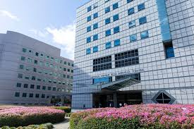 Ronald Reagan UCLA Medical Center ranked seventh best hospital in U.S. -  Daily Bruin