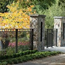 Stone Gate Pillars Black Metal Fence Fun Stuff Pinterest Modern Fence Front Yard Fence Fence Design