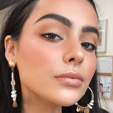 natural glam makeup looks for brunettes