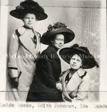 Print, Photographic - Loida Quade, Edith Johnson, and Ida Quade