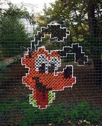 This Art On A Chain Link Fence Is The Next Step In Yarnbombing Win Epic Win Photos