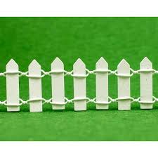 Miniature Fairy Garden 3cm Tall White Wood Picket Fence For Crafts 30cm Long