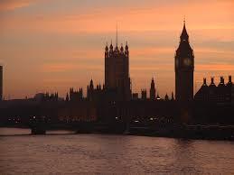 Файл:Houses of parliament dusk.jpg