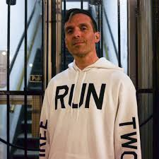 CHICAGO IS FOR RUNNERS - AARON BAKER — THREE RUN TWO