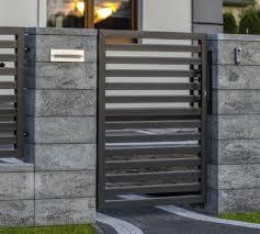 35 Fabulous Modern Fence Design Ideas Best For Your Privacy In 2020 Modern Fence Design Fence Design Gate Wall Design